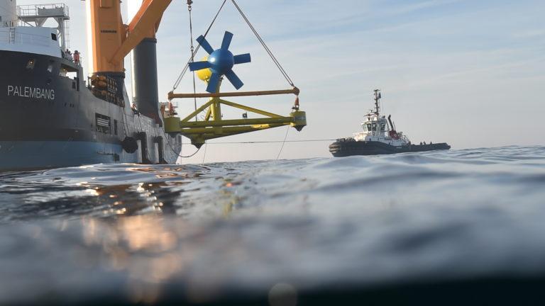 L'hydrolienne de Sabella retrouve les fonds marins d'Ouessant !